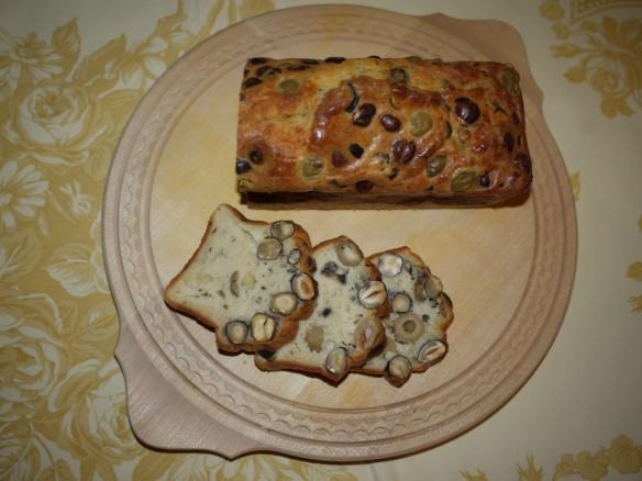 Cake aux Olives et Noisettes