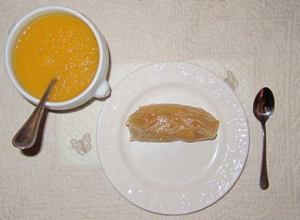 Apple Nems with Apricot and Green Tea Sauce