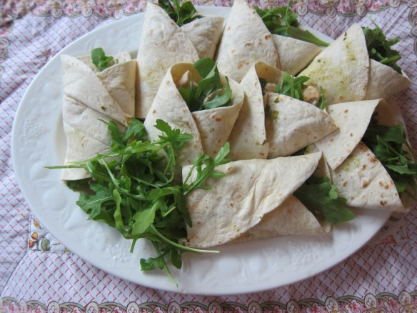 Stuffed Rucola and Chicken Fillet Wraps