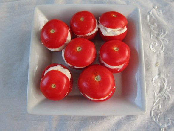 Cocktail Tomatoes Stuffed with Two Cheeses
