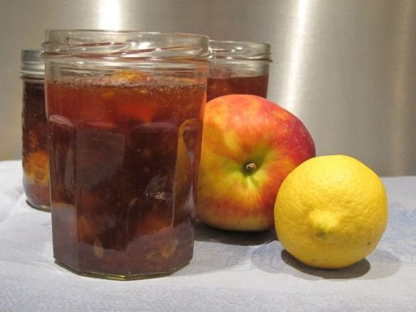 Apple Jam with Lemon & Honey